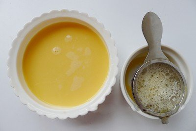 Cách làm bánh flan cam thơm nức mũi-hình số-9