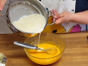 Bí quyết làm bánh flan nướng thơm ngon-hình số-1