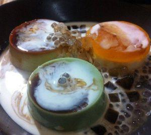 Không thể bỏ qua các món bánh flan dừa tại Trần Bình Trọng-hình số-4