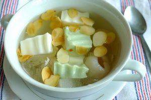 Bột gelatin làm chè khúc bạch thanh mát cho ngày hè