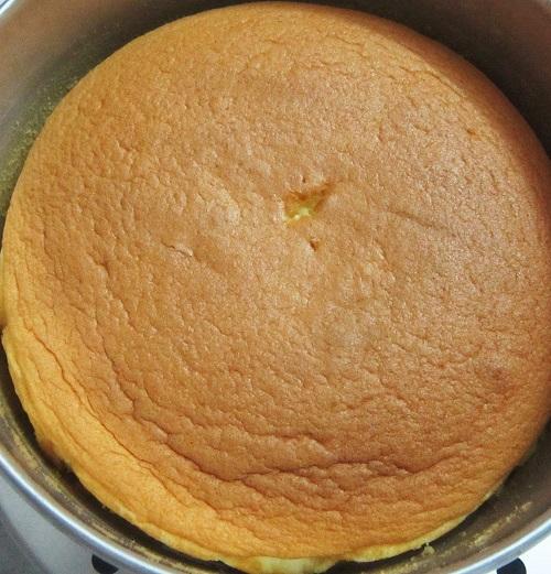 Cách làm bánh caramen bông lan ngọt thơm, hấp dẫn-hình số-5