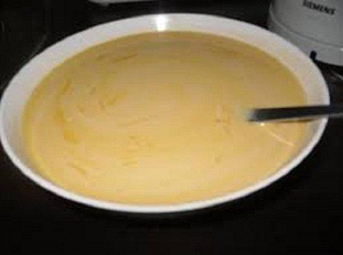 Cách làm bánh caramen bông lan ngọt thơm, hấp dẫn-hình số-3