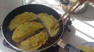 Học cách làm bánh gối nhân thịt gà cực ngon-hình số-2