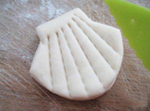Cách làm bánh bao hình con sò thơm ngon-hình số-4