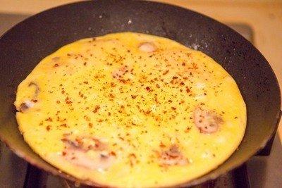 Cách làm bánh pizza trứng thơm ngon hấp dẫn-hình số-3