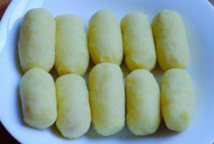 Tự làm bánh khoai tây xúc xích ngon tuyệt-hình số-3