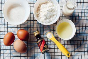 Bí quyết làm bánh bông lan rán cực ngon-hình số-1