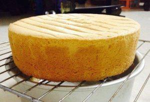 Cách làm bánh bông lan bằng lò nướng thủy tinh-hình số-7
