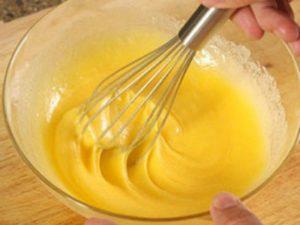 Cách làm bánh bông lan bằng nồi cơm điện-hình số-2