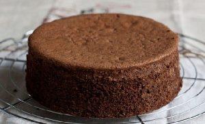 Cách làm bánh bông lan chocolate bằng nồi cơm điện-hình số-6