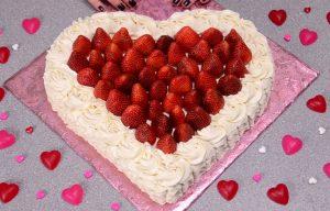 Chia sẻ cách làm bánh kem hình trái tim vừa ngon vừa dễ-hình số-5