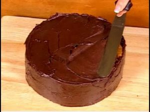Cách làm bánh kem chocolate thơm ngon hấp dẫn-hình số-4