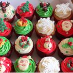 Tự làm bánh cupcake Giáng sinh đơn giản