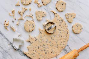 Chia sẽ cách làm bánh quy chiên ngon tuyệt-hình số-4