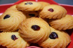 Cách làm bánh quy nho khô đơn giản tại nhà-hình số-5
