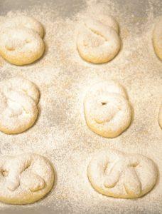 Cách làm bánh quy xoắn đơn giản nhất-hình số-3